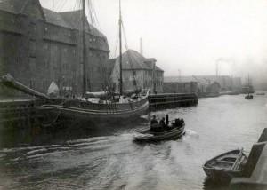 chr-havns kanal med pakhus inden stiftelsen